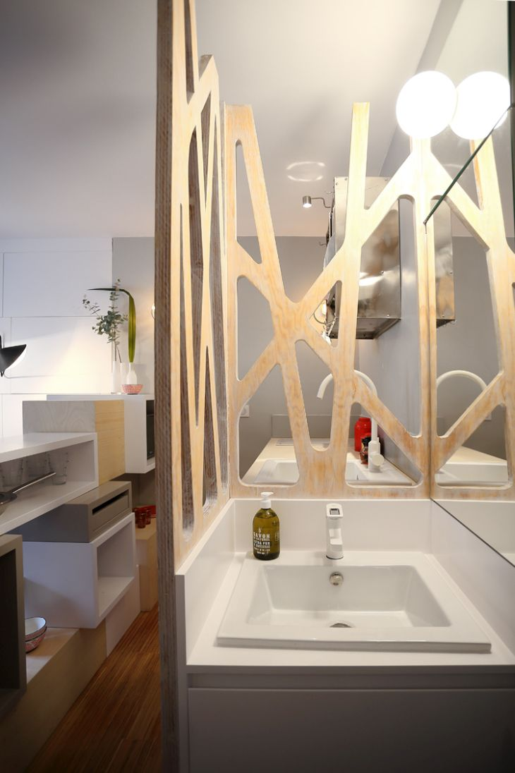 Julie nabucet designs 12 square meter mini apartment with for Square room design