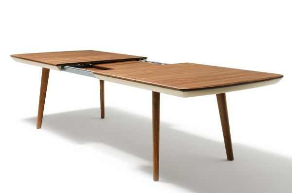 flaye tableteam 7 extends to form a 100 cm table in seconds