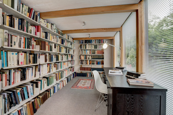 Professor gets herself a garden library by 3rdspace homecrux - Building a home library ...