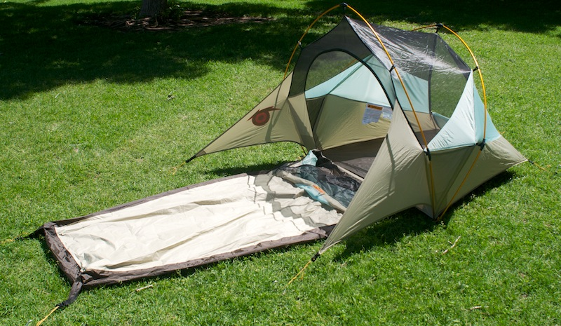 Bivy sack and tent combined to form the ultra-modern Solo ...
