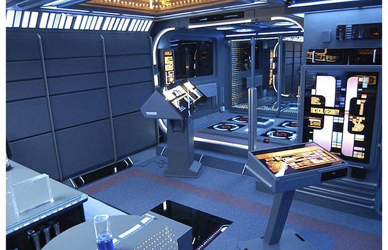 Tony Alleyne creates Starship Enterprise decor in his apartment