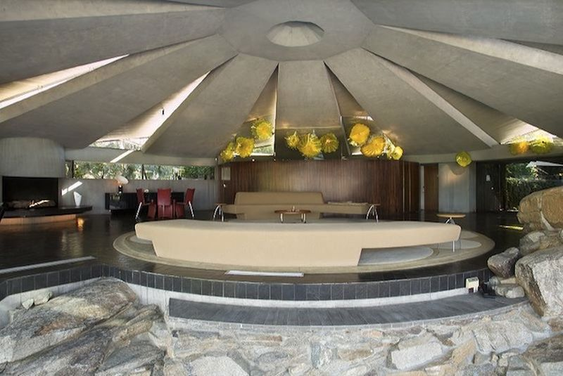 The Ufo House In Palm Springs 1