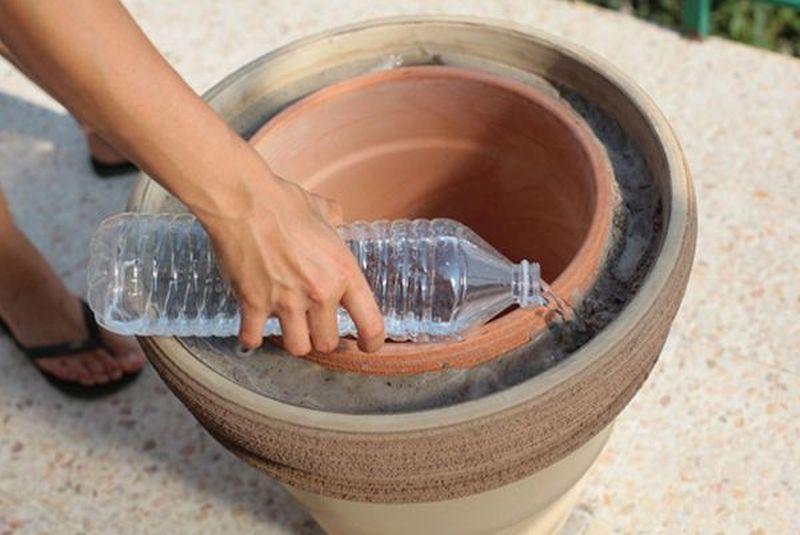 Diy Zeer Pot Fridge Keeps Your Food And Drinks Cool In