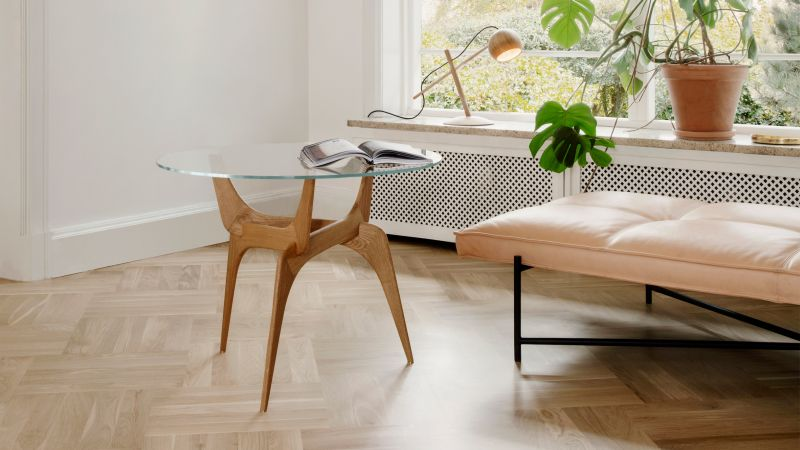 Conceived in the 1950s, Hans Bølling turns to Brdr. Krüger for Triiio table