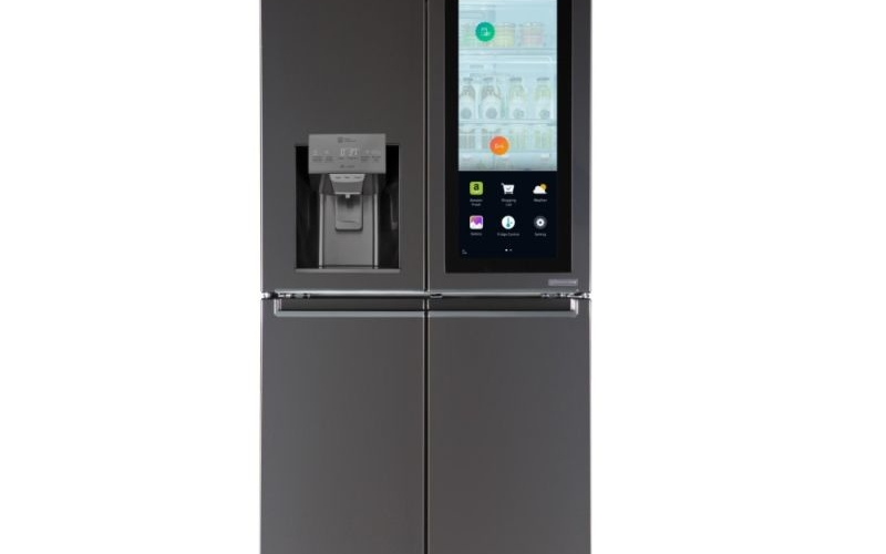 CES 2017: LG's Smart InstaView refrigerator adjusts its power settings automatically