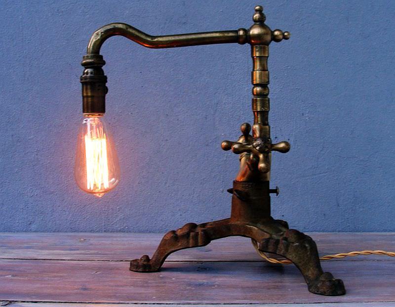 steampunk-faucet-lamp