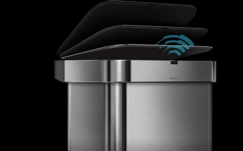 Sensor Can dustbin opens with your voice command
