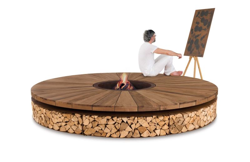 Artu outdoor fire pit by AK47 Design