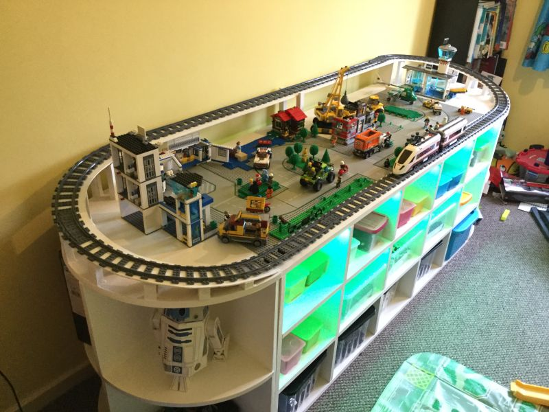 Diy lego table with train track and storage space for toys solutioingenieria Gallery