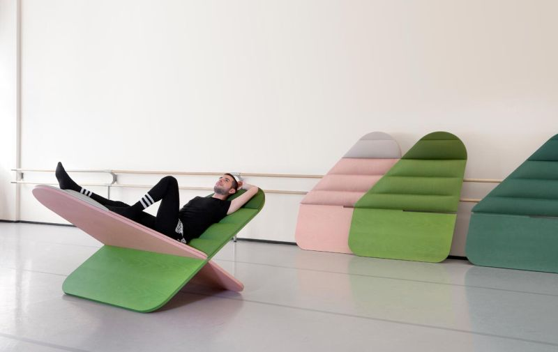 Daydream by Joynout designs is x-shaped lounge chair