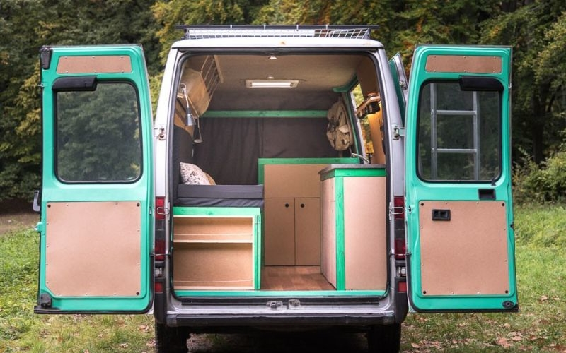 Couple converts 16-year-old van into a solar powered mobile house