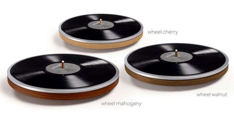 Miniot's Wheel turntable hides tonearm under the record