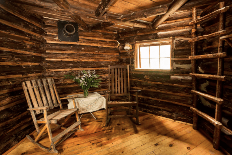 log cabin in bolton, vermont