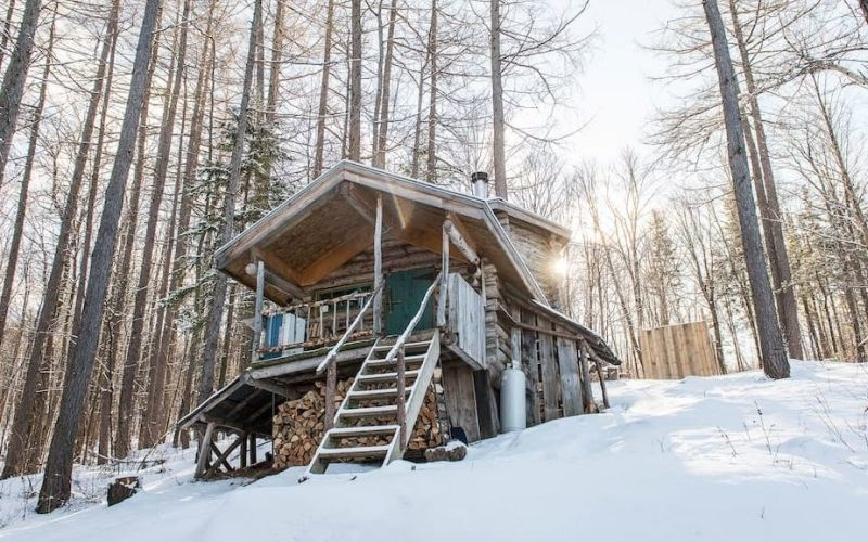 Outdoors homecrux for Vermont mountain cabins