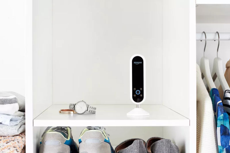 Amazon's Echo Look camera is your new connected fashion expert