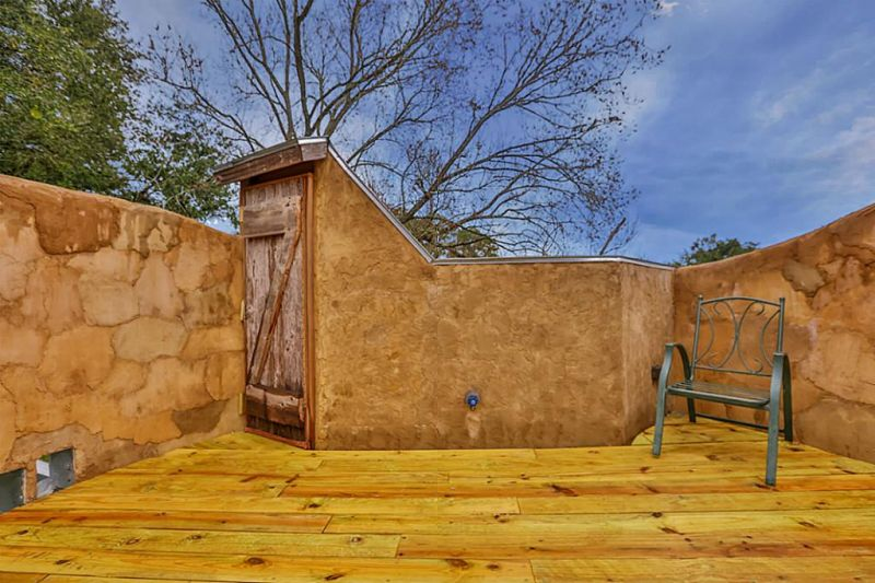 Cowboy Boot House is an unusual piece of architecture