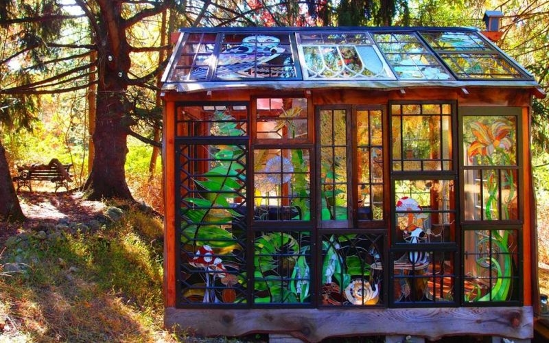 Neile Cooper's glass cabin is a real-life fairy tale home