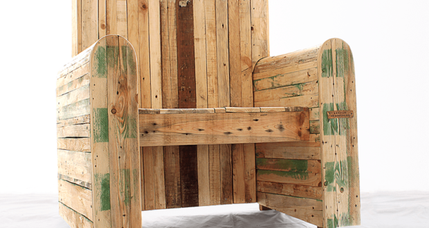 Pallet wood armchair by Redolab brings rustic charm to interiors
