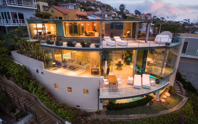 Oceanfront home in South Laguna Beach goes on sale for $14.9 million