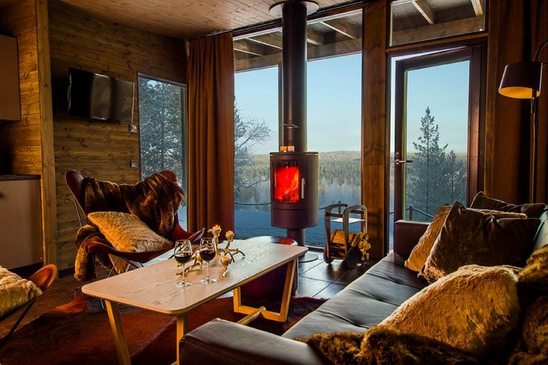 inviting arctic treehouse hotel in santa 39 s own country. Black Bedroom Furniture Sets. Home Design Ideas
