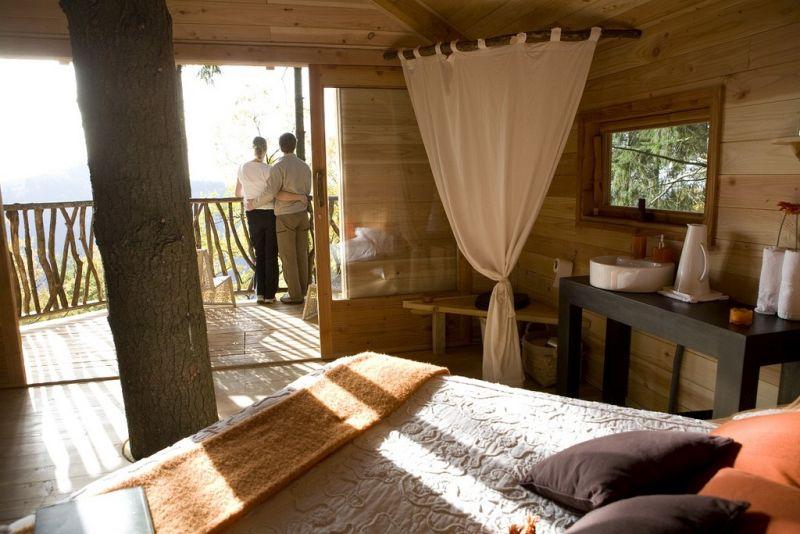 Cabanes Als Arbres treehouse