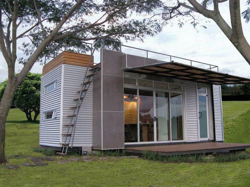 Casa Cubica, a tiny container home