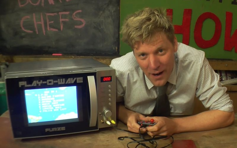 Crazy Colin builds 'Game Console Microwave' to kill time while cooking