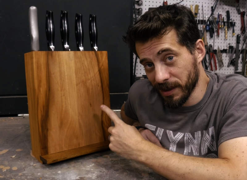 Easy DIY: Make wooden knife block that holds your cookbook