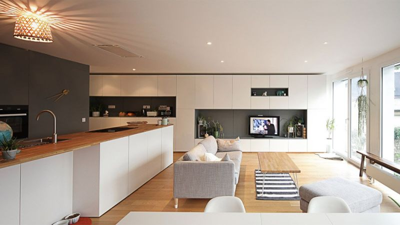 Flying Box House interior – France