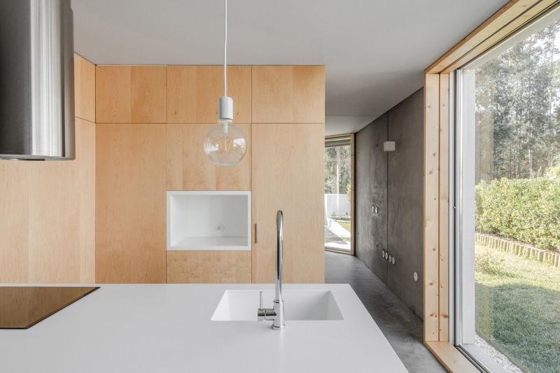 José Carlos Nunes de Oliveira builds dream family home at an affordable price