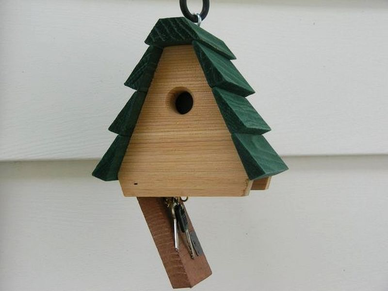 Key hider birdhouse by Looker Inc