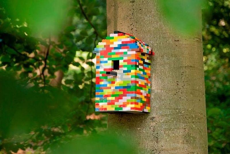 LEGO birdhouse