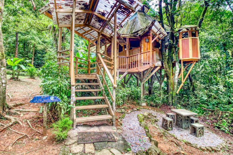 La Torreluna Treehouse at Finca Bellavista