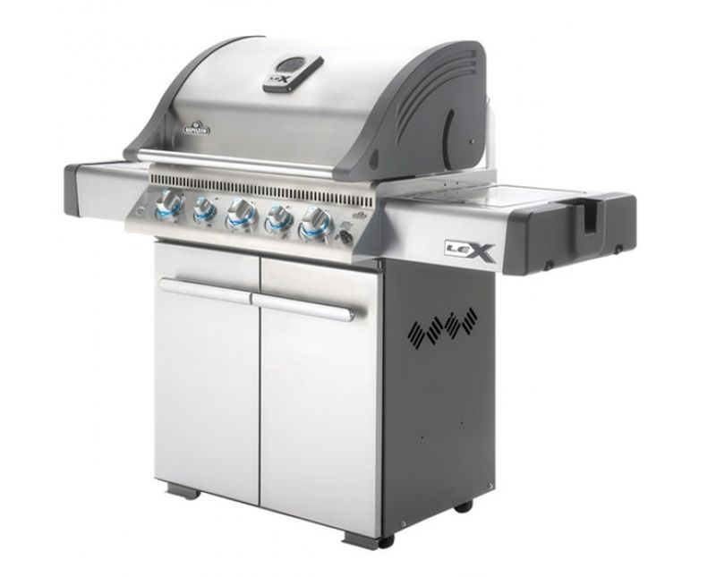 Napoleon LEX 485 outdoor gas grill