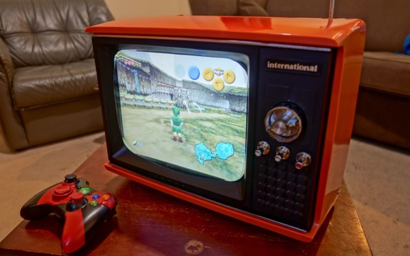 Raspberry Pi-powered retro gaming system made from old portable TV