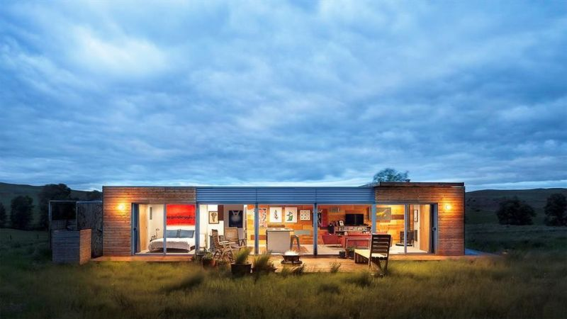 Shipping container house by Ty Kelly