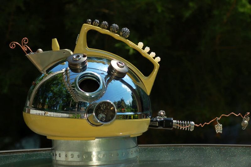 Space jet teapot birdhouse