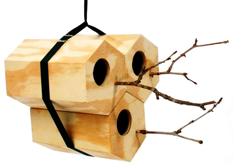 Wooden birdhouse design in hexagon shape