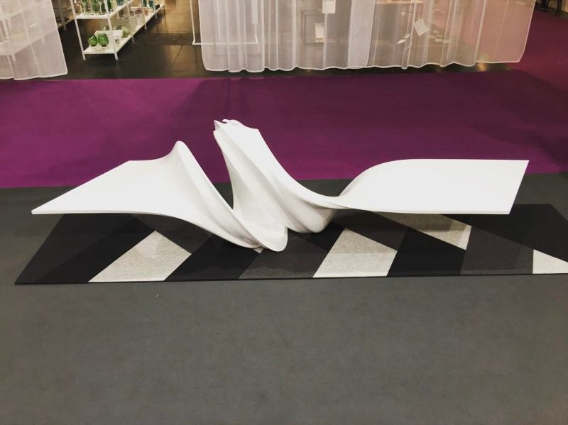 Le-a coffee table in pearl white