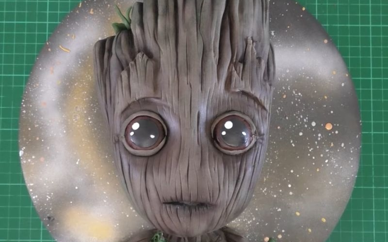 Groot-shaped cake inspired by Guardians of Galaxy Vol.2 is pretty cute