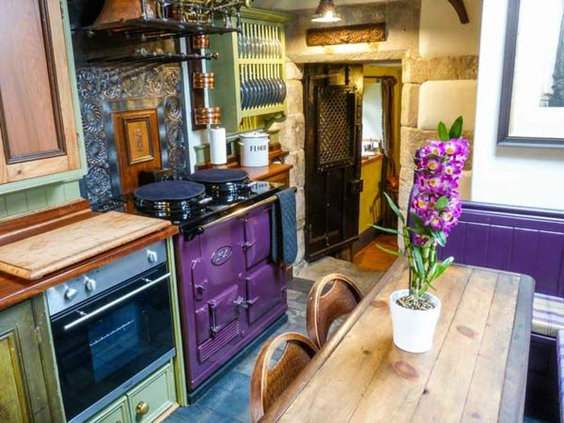 Brit couple transforms old garage into cozy holiday rental home