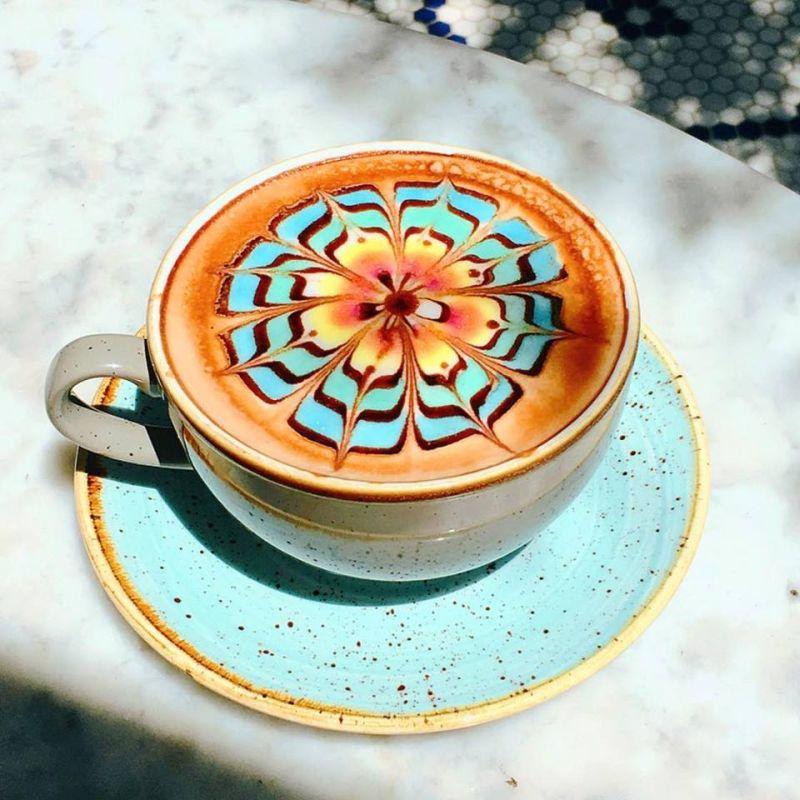 ColorBurst latte
