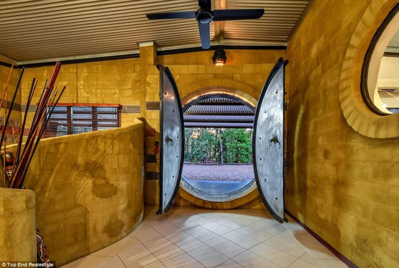 Humpty Doo home boasts circular front door inspired by 'The Hobbit'