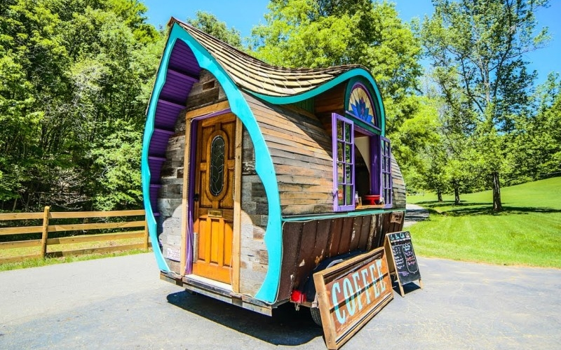 Le Bon tiny house cafe comes straight out of fairy world