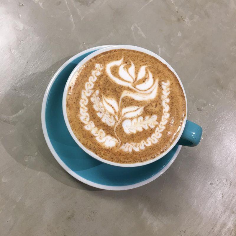 Rose latte art