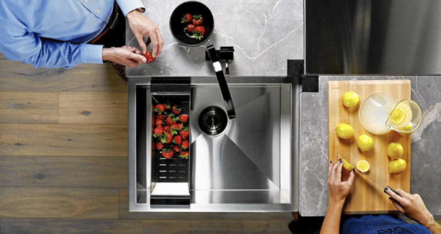 SocialCorner sink can be used by two persons at a time
