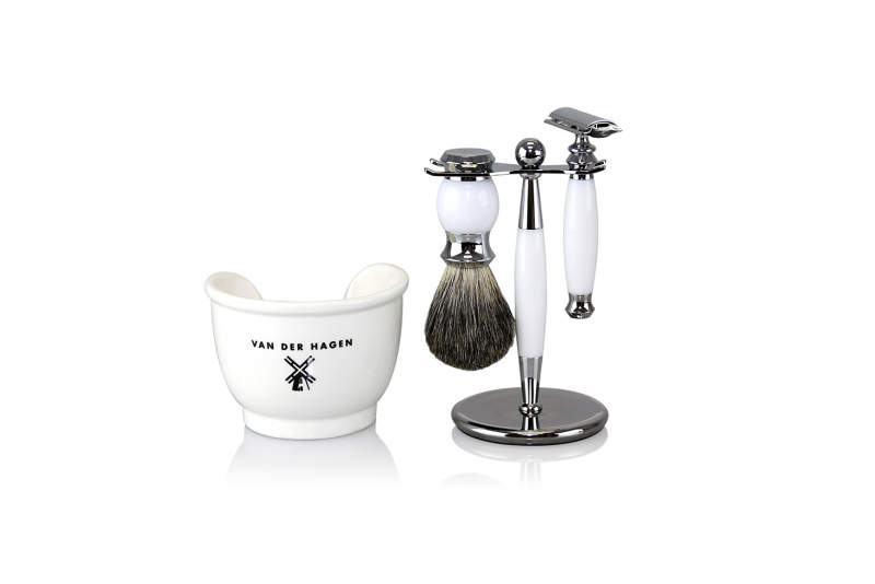 White Light modern shave kit by Van Der Hagen