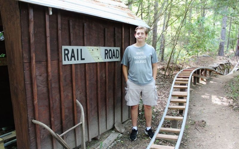 Georgia teen builds White Mountain Railroad-themed roller coaster