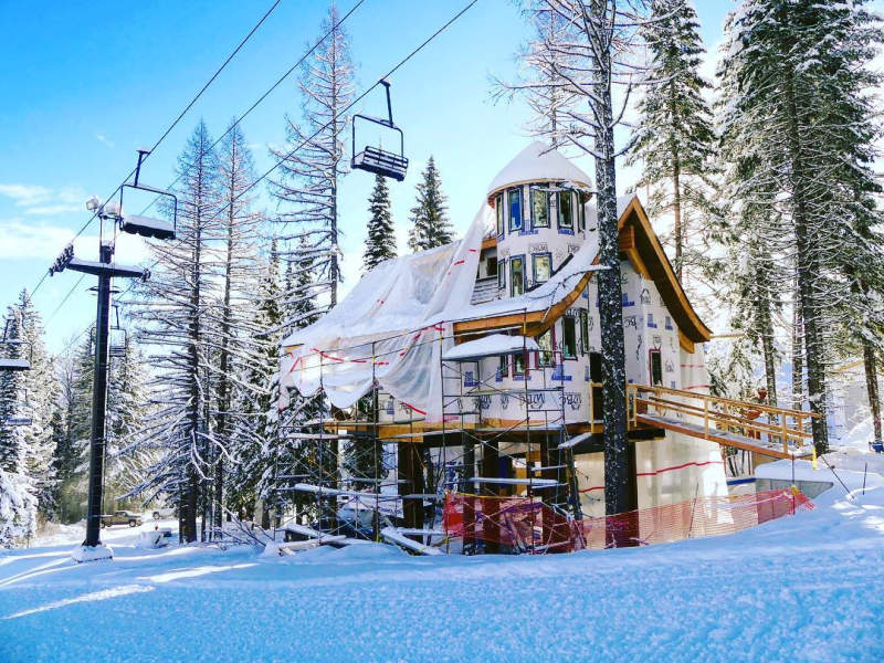 World's first ski-in, ski-out treehouses in Montana are perfect for laidback skiers