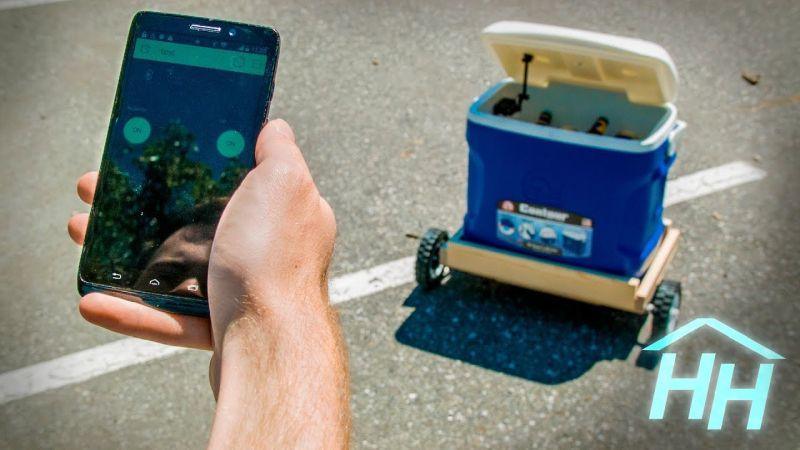 autonomous-follow-me-cooler